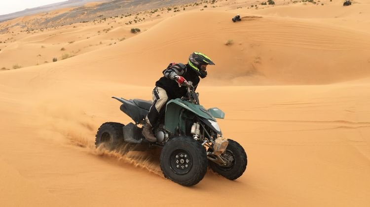 best-of-dubai-desert-safari-quad-bike-and-dune-bashing-tour-2-342334_1517339654
