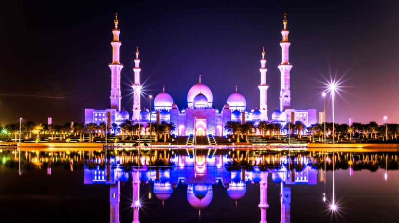sheikh-zayed-grand-mosque-main-image-5000×2800
